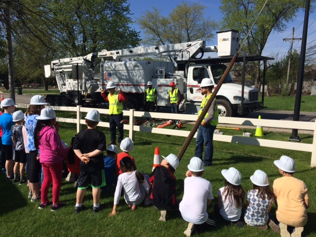 Sharing our vegetation management expertise with school children: informative community service